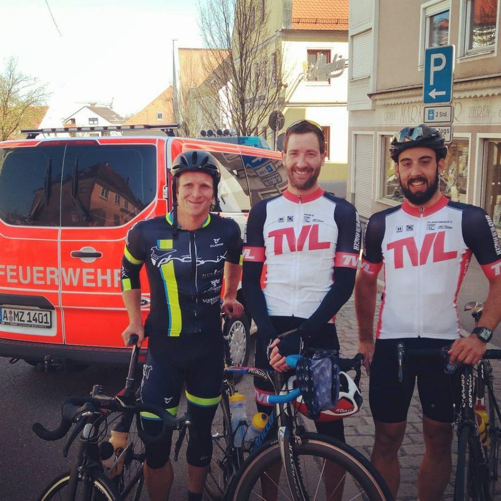 Triathlon Freunde vom TV Landau auch dabei